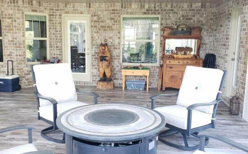 Sunroom Firepit in Navarre-FL